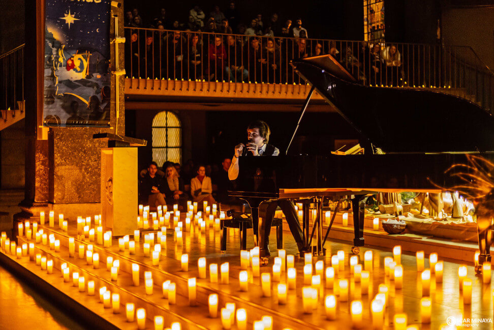 © Lena Herrgesell - Pianist auf dem Candlelight Konzert